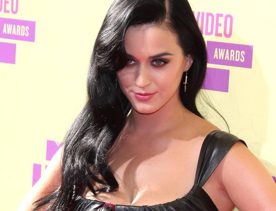 Katy Perry svarer sine følgere på Twitter, hvis hun er i humør til det. (Foto: All Over Press)