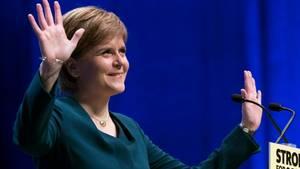 Den skotske førsteminister, Nicola Sturgeon, mener at de skotske vælgere er blevet ignoreret af Theresa May. Foto: AP