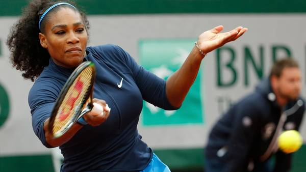 Serena Williams er klar til French Open-finale søndag. (Foto: AP)