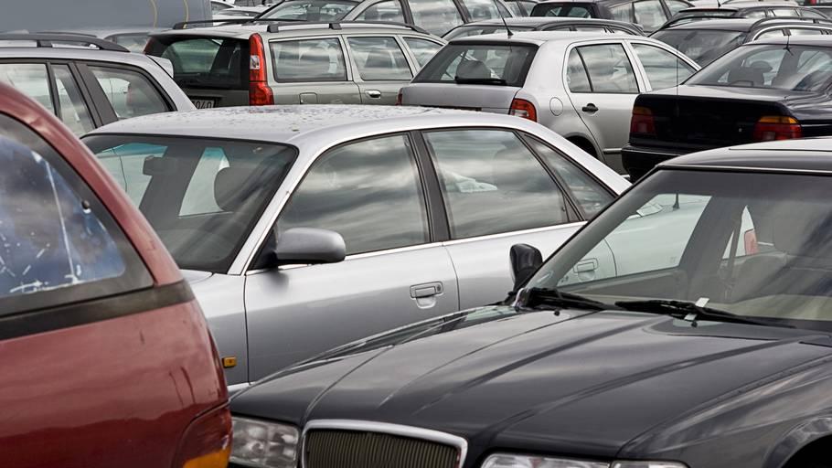 hvordan parkerer man bil