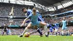 Der er storkamp på programmet, når Manchester City og Chelsea tørner sammen. Foto: AP