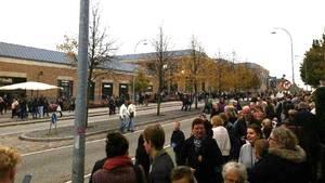 Her evakueres Ros Torv i Roskilde efter bombetruslen. Foto: Privatfoto