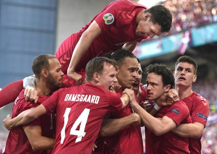 Danmark kom på måltavlen efter små to minutter af den anden kamp. Foto: Lars Poulsen