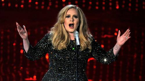 Adele Laurie Blue Adkins - popsangerinden har i en relativ kort karriere allerede rundet 100 millioner solgte plader. Foto: AP