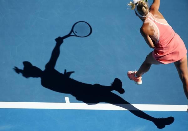 En god sæsonstart, hvor hun hurtigt finder sit topniveau, er yderst vigtig for Caroline Wozniacki, er eksperterne enige om. Foto: AP