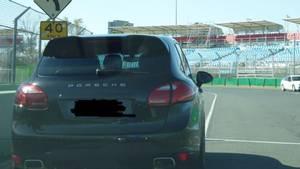 Glad Porsche-køber ville prøve bilen af: 10 minutter efter var den væk