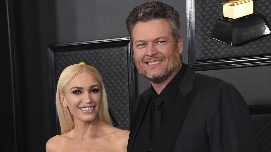 Her ses Gwen Stefani og Blake Shelton til 'Grammy Awards' i 2020 - et halvt år før Shelton gik på knæ. Foto: Jordan Strauss/Ritzau Scanpix