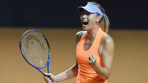 Maria Sharapova kan juble over sin sejr mod landsmandinden Ekaterina Makarova. Foto: AP