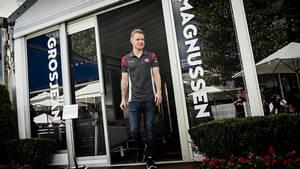Det bedste ved torsdagens pressedag i Melbourne for Kevin Magnussen er, at der så kun er en dag til, han sætter sig bag rattet. Foto: Jan Sommer