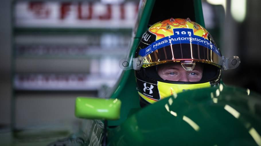Mick Schumacher i cockpittet på sin fars Jordan. Foto: LAT/Haas F1 Team