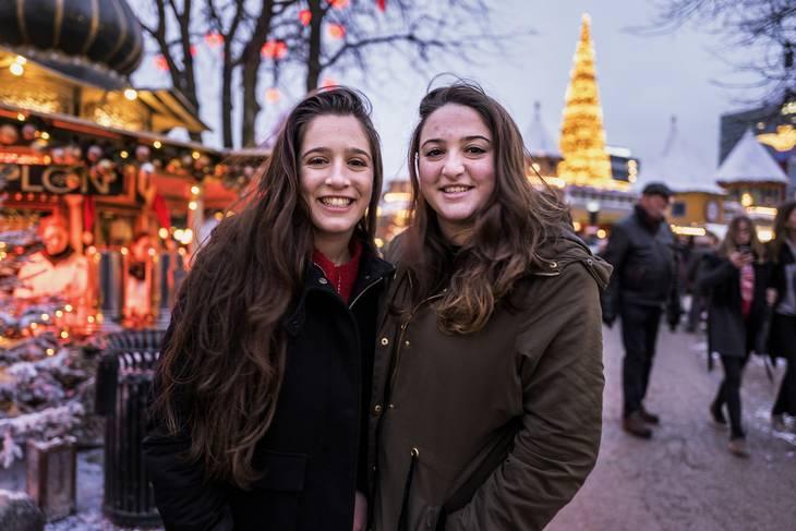 8c3aef0424e Vi tager hjem til Holland igen juleaften, så ville ind og se al lyset