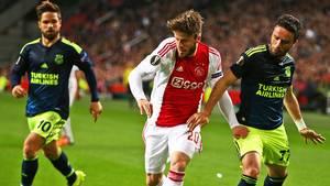 Lasse Schöne har kontraktudløb med Ajax til sommer. Foto: AP.