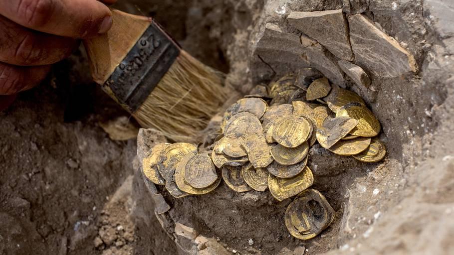 En større skat er blevet fundet i Israel bestående af en større samling gamle guldmønter. Foto: Heidi Levine/Ritzau Scanpix