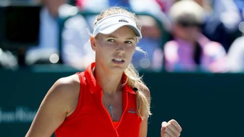 Caroline Wozniacki måtte kæmpe rigtig hårdt for sejren imod det 17-årige, australske stortalent Jaimee Fourlis ved første runde af French Open. Danskeren holdt dog hovedet koldt og sejrede til sidst. Foto: AP/Michael Pronzato.