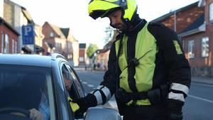 Det er dyrt at blive stoppet af politiet, hvis man har hældt for meget i sig. Foto: Rådet for Sikker Trafik