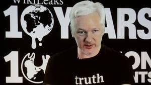 Wikileaks Julian Assange har de seneste måneder fokuseret sine aktiviteter mod Donald Trumps rival, Hillary Clinton. Nu tyder noget på, at præsident Trump kan komme i søgelyset. (Foto: AP)
