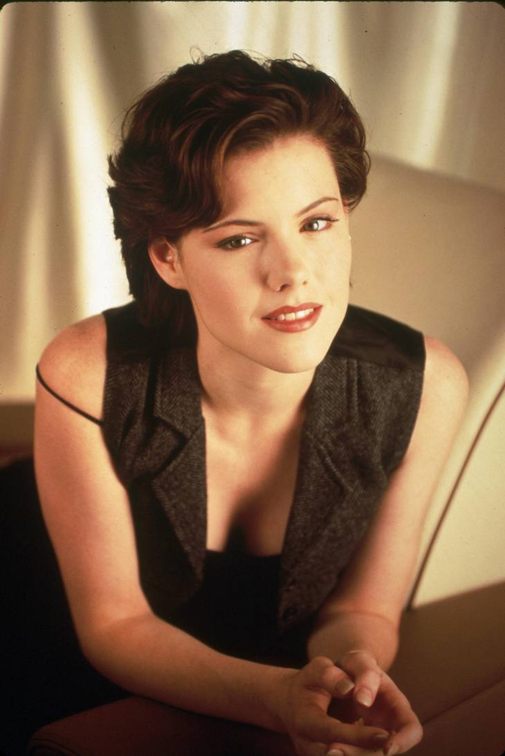 Kathleen Robertson som Clare Arnold dengang. Foto: All Over Press