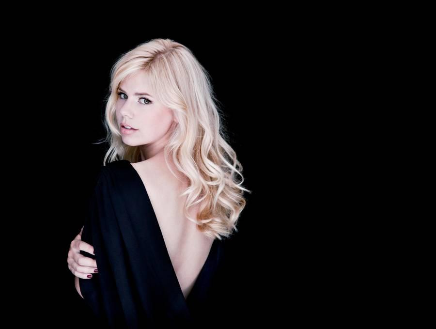 Klatretøsen er igen single. Foto: All Over Press