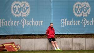 Jørgensen har været som 'Palle alene i verden' ved landsholdets træning frem mod kampen mod Rumænien. Foto: Lars Poulsen