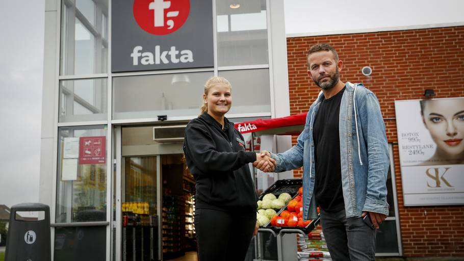 4e8fe467f41 Rikke er Danmarks dato-duks: Hendes Fakta er næsten perfekt – Ekstra ...