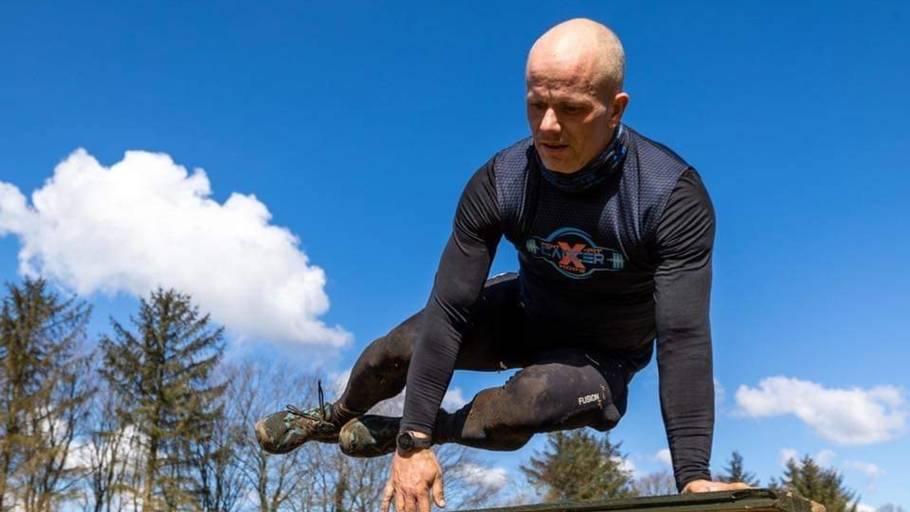 Zilas Lindstrøm Sørensen tog kampen op med kiloene, og det lykkedes ham i den grad at slippe af med dem. Privatfoto