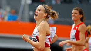 Sara Slott Petersen regner ikke med at nå finalen ved indendørs EM i Beograd (Foto: AP)
