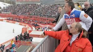 Putin og Mutko. To alen af samme stykke. Foto: AP