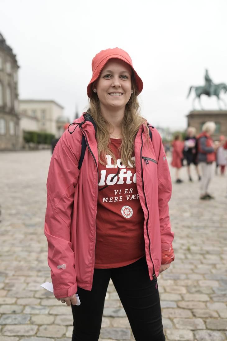 Line Alnøe er tillidsrepræsentant og kæmper for at komme til så mange demonstrationer som tiden tillader. Foto: Henning Hjorth