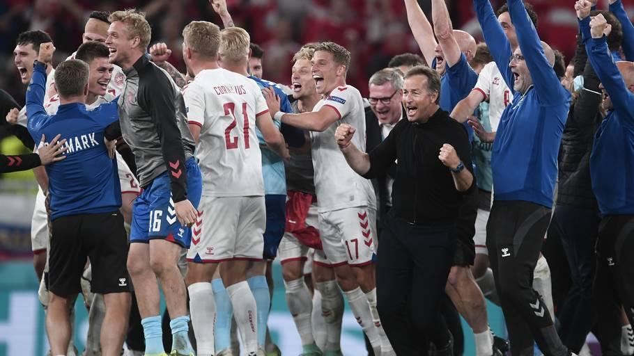 Glæde efter sejren over Rusland. Foto: Lars Poulsen