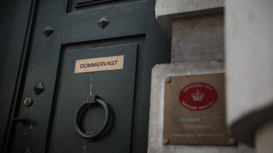 Den 19-årige mand fik ikke lov at tage med familien hjem efter grundlovsforhøret. Foto: Olivia Loftlund