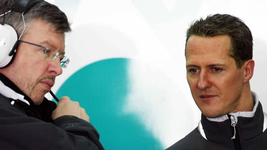 13848895 Her ses Ross Brawn og Michael Schumacher sammen i 2010, da de arbejdede  sammen hos