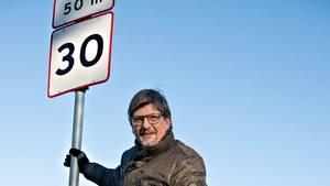 Jørgen Nielsen fra Fyn har fået en fartbøde, selv om han ikke har kørekort og ikke kører bil. Den 'rigtige' Jørgen - som anerkender, at han kørte for stærkt - bor i Nordsjælland. Foto: Polfoto/Ole Frederiksen