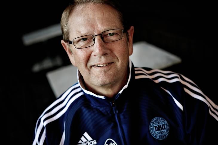Mogens Kreutzfeldt er glad for, at alle gjorde, hvad de skulle, da Christian Eriksen faldt om. Men han vil ikke udtale sig om, hvorvidt det er de rigtige folk, der skal på belønningstur. Foto: Thomas Borberg