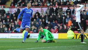 Kenneth Zohore ser ud til at have ramt noget under Cardiff-boss Neil Warnock. Foto: All Over Press