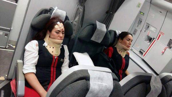 I juni 2016 kom 23 passagerer og personale ombord på et Avianca Airbus 965-fly kom til skade under flyveturen, da flyet blev ramt af voldsom turbulens. (Foto: CEN/All Over Press)