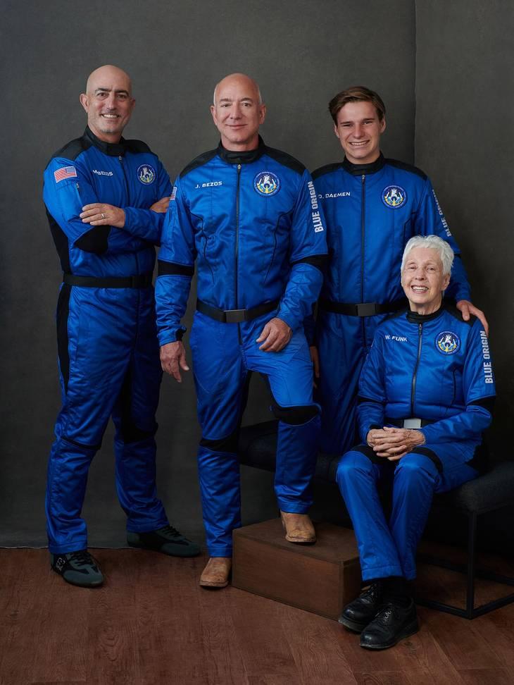 De fire nyslåede astronauter. Foto: Blue Origin/Ritzau Scanpix