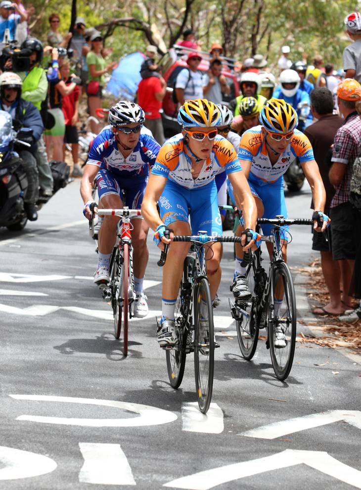 Vorganov ses her bag Cameron Meyer og Matthew Wilson fra Garmin-mandskabet tilbage i 2010. (Foto: All Over Press)