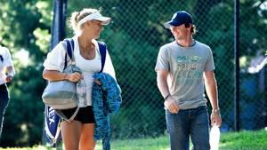 I maj 2014 skiltes deres veje, så nu må Rory McIlroy se at komme videre, mener Caroline Wozniacki. Foto: Benjamin Kürstein