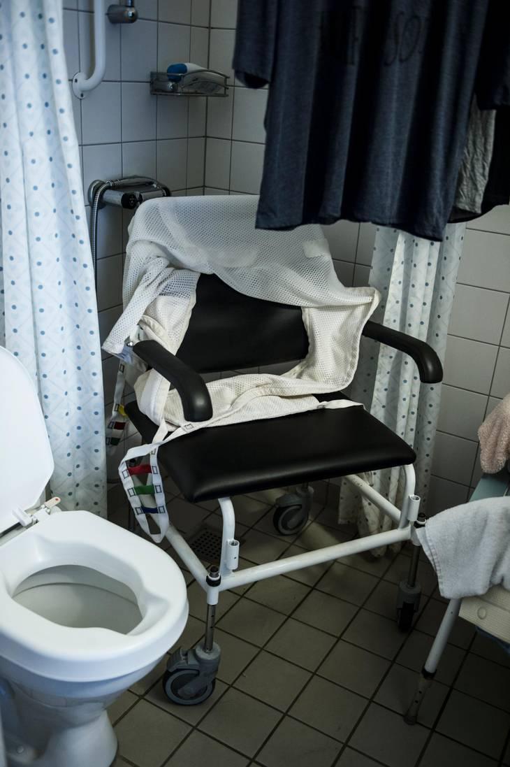 Modernistisk Birgit har ikke været i bad i flere uger: - Min hud er begyndt at PP43