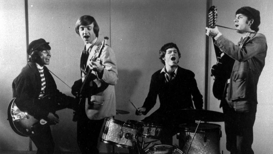 The Monkees i 1966 med Peter Tork nummer to fra venstre på bas - beatorkesteret var amerikanernes populære svar på The Beatles. Foto: AP