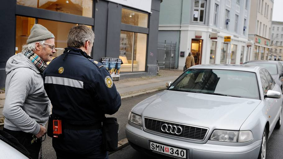 eb dk side9 hotel hamburg lufthavn gratis parkering