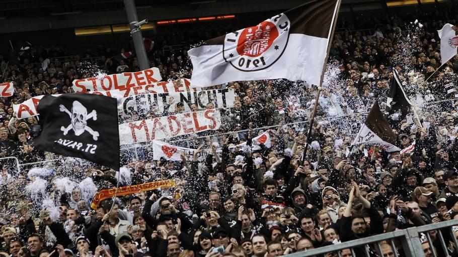 5e0628a09aa Har FC St. Pauli solgt sin sjæl? Portræt af en fodboldklub i identitetskrise