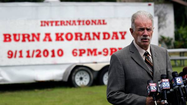 Terry Jones står i spidsen for kirken Dove World Outreach Center i Gainesville, Florida. (Foto: AP)