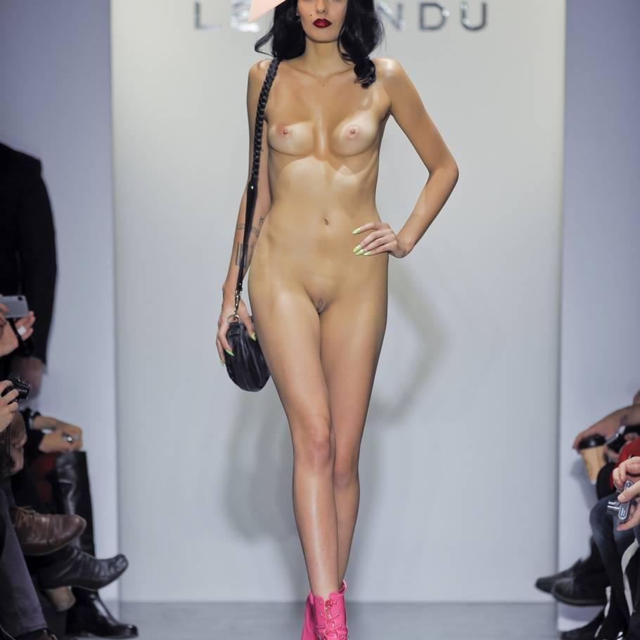 Modeller i nøgen