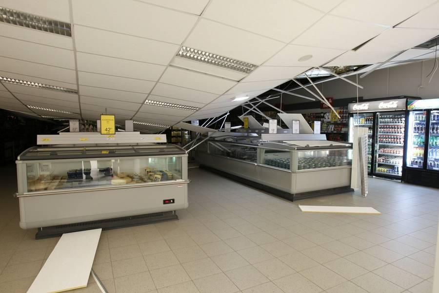 Sådan se det ud inde i butikken efter tag-kollapset. (Foto: Rene Schötze)