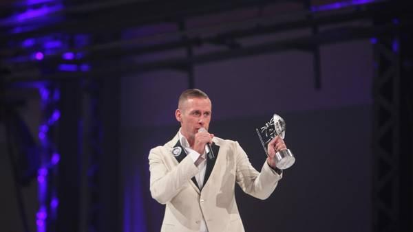 cdf0e8c141b Rapperen vandt to Zulu Awards for bedste mandlige kunstner og bedste hit  sammen med hiphopperen USO