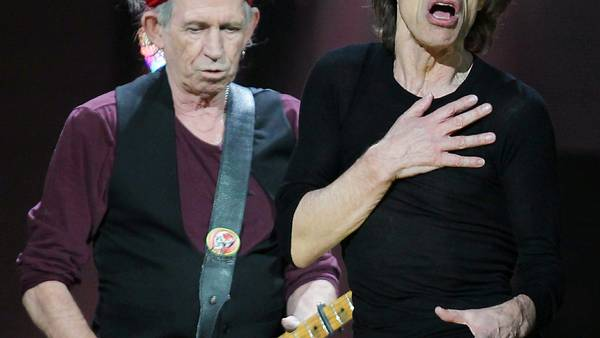 Keith Richards sov under Jaggers fødselsdag. Foto: AP