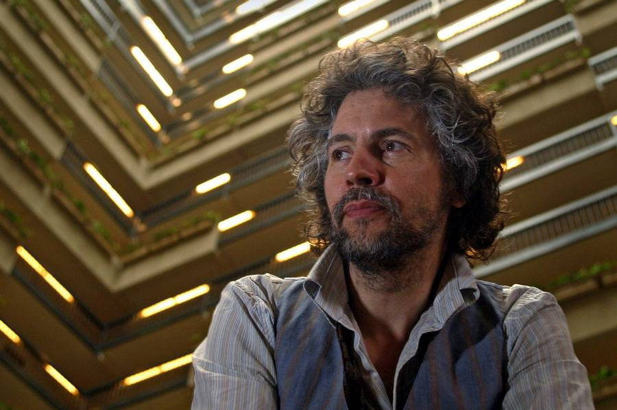 Wayne Coyne - midtpunkt for syrerockerne The Flaming Lips. (Foto: AP/Jack Plunkett)