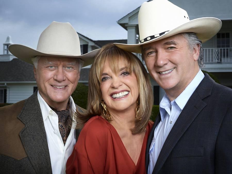 Larry Hagman, Linda Gray og Patrick Duffy har været venner siden de første optagelser for 35 år siden. (Foto: SBS TV)
