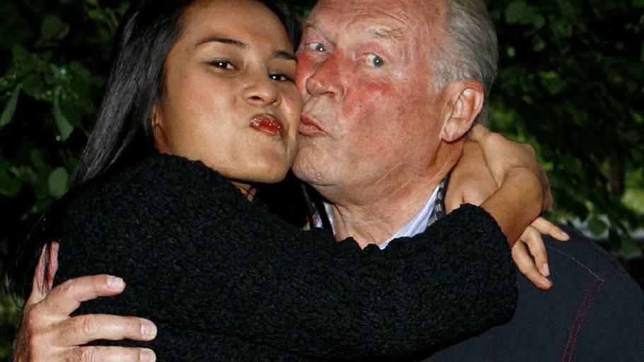 dating ekstremt genert mand dating oral herpes